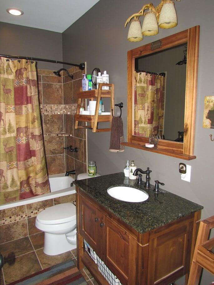 Cedar Siding Custom Home bathroom