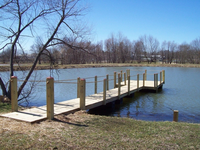 Woodsboro Park - Floating Pier