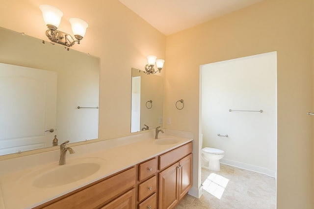 3BD Rancher With Garage double vanity