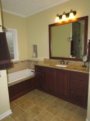 Master Bathroom En Suite bathtub and sink