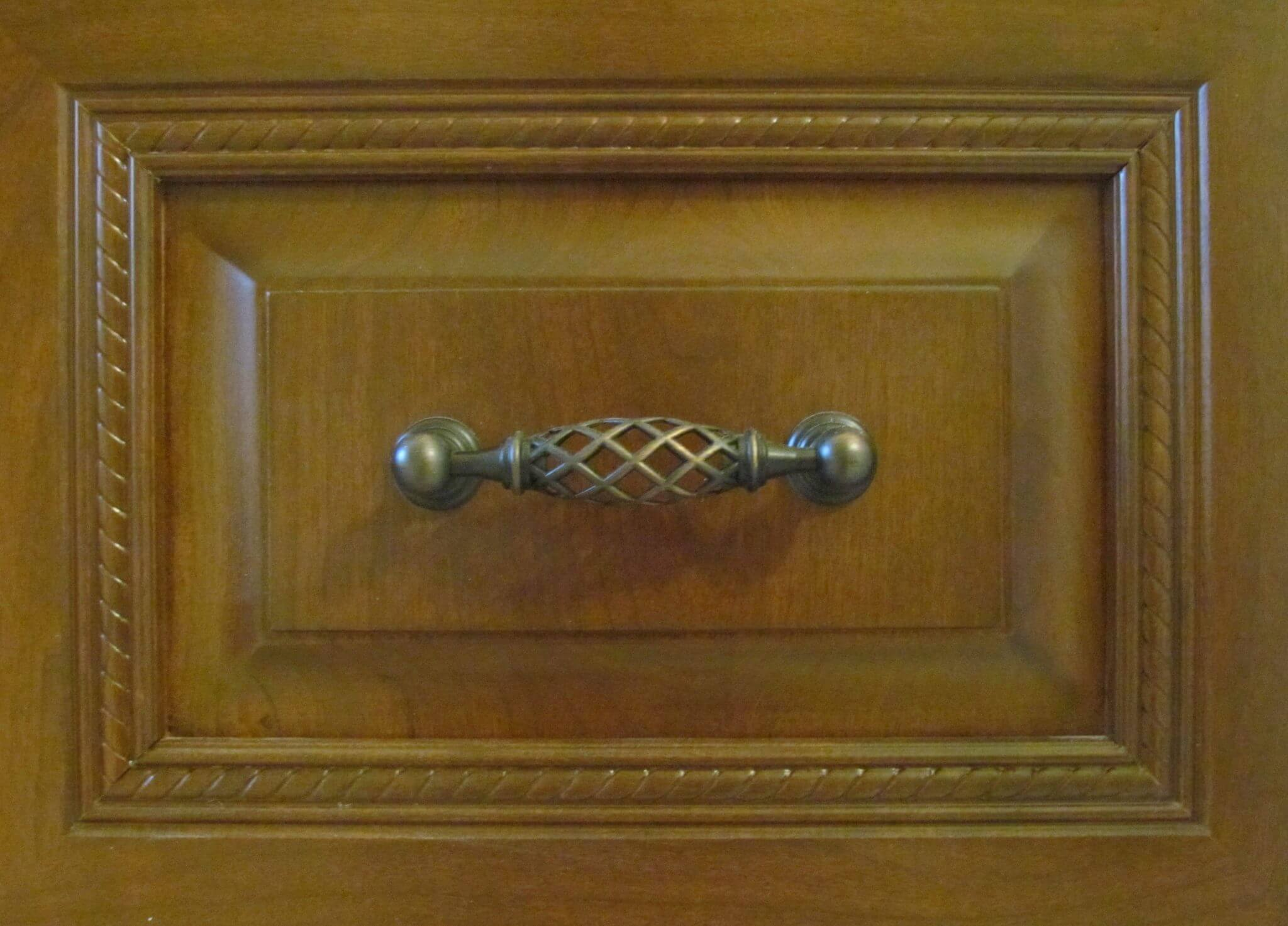 Master Bathroom En Suite drawer handle