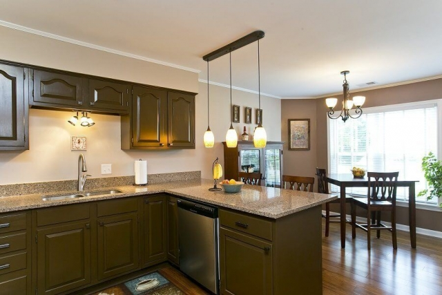 Award Winning Renovation kitchen and breakfast area