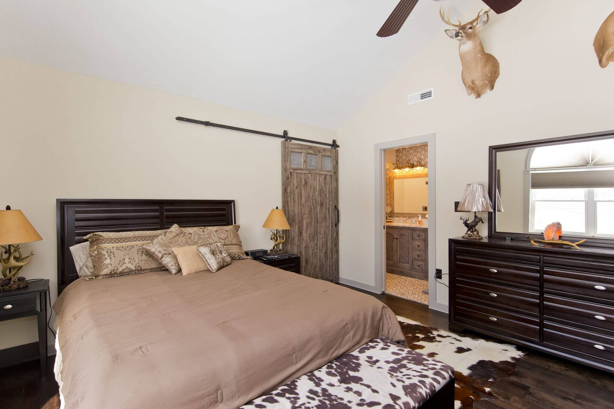 Professional Designer Home Renovation bedroom