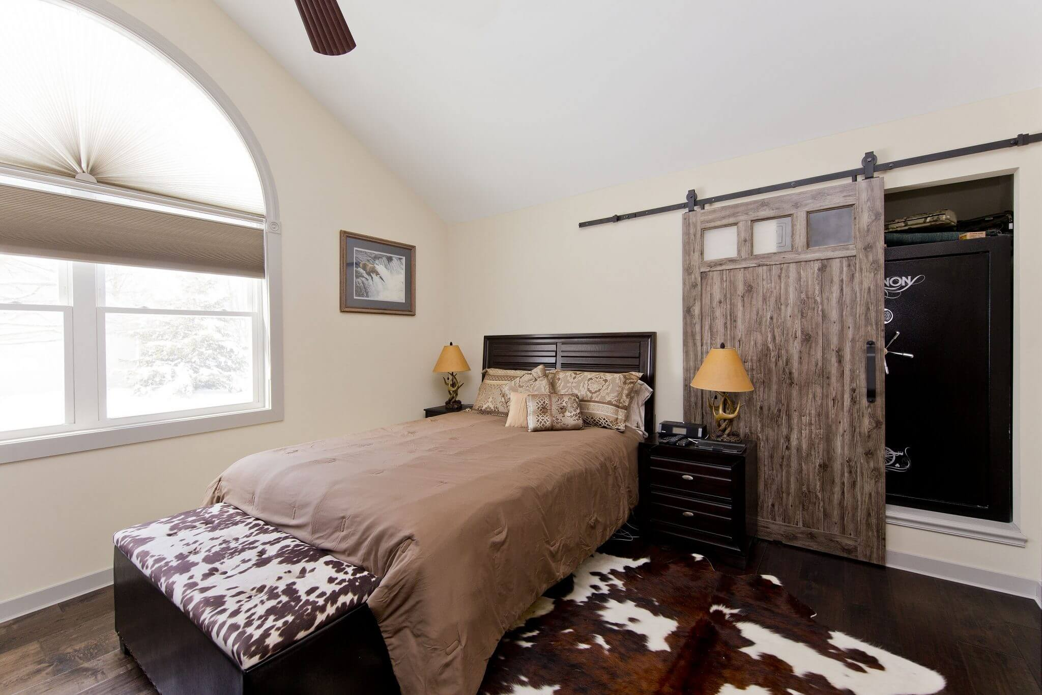 Professional Designer Home Renovation bedroom and safe